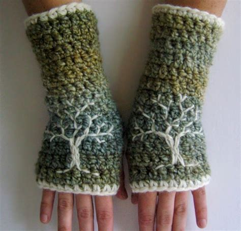 design embroidered gloves fingerless gloves wrist warmers crochet pattern picmia