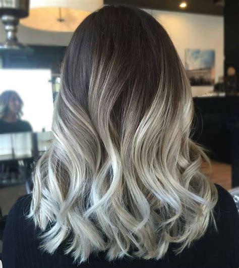 como hacer rayitos grises como hacer mechas platinadas cabello pinterest como