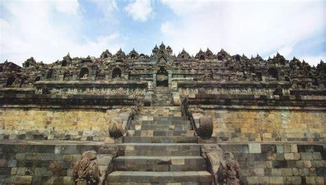 Piring Borobudur Jogja 1 yogyakarta borobudur temple tour indonesia lokopoko sg