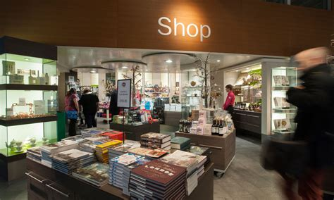 christmas shopping at the museum gift shope in richmond virginia shop gifts and books museum of