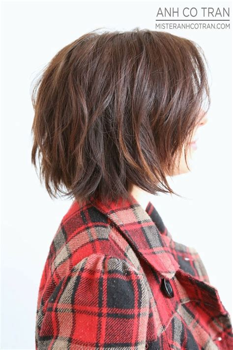 haircuts that start out short layersin the back of the head best 25 short shaggy bob ideas on pinterest shaggy bob