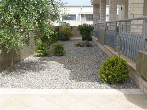 giardino ghiaia giardini a ghiaia centro verde giardini