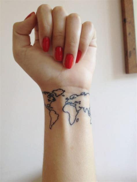 kleines tattoo finger kosten kleine tattoos 25 ideen f 252 r interessante motive und