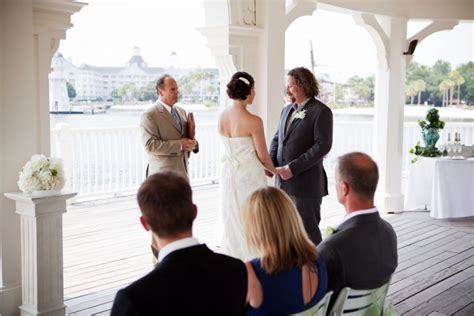 Top 10 Wedding Stress Busters   Disney Wedding Podcast