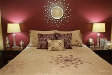 Burgundy Bedroom Decorating Ideas by 1000 Ideas About Burgundy Bedroom On Burgundy
