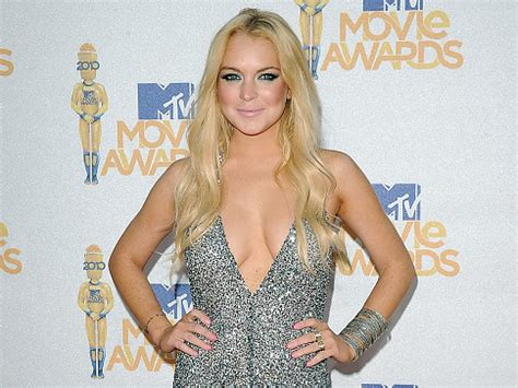 Is Lindsay Lohan Threesomes by Lilo In A Sketchy Invites Circulate On