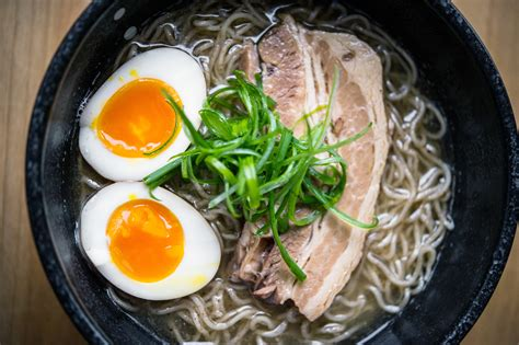 Eat In Island Kitchen Where To Find The Best Ramen In Nyc From Tonkotsu To Mazemen