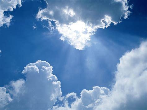 heavens rays normal 1400x1050 359927