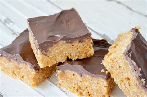 peanut butter and chocolate rice krispie bars