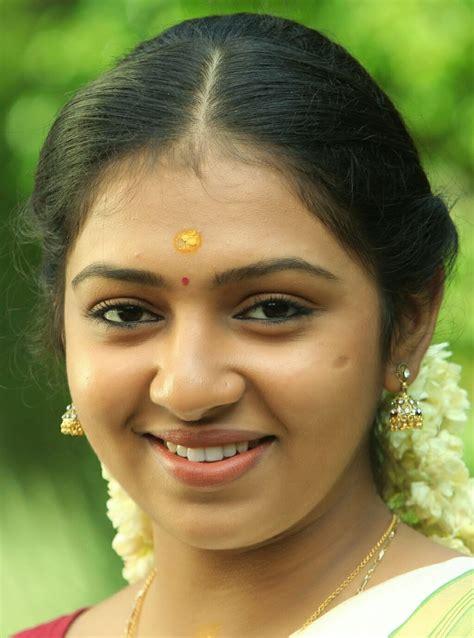 lakshmimenon image foto aishwarya devan hot foto