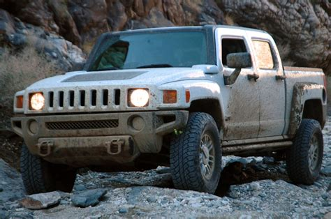 Jeep Hummer Jeep Wrangler Unlimited Rubicon Vs Hummer H3t Photo