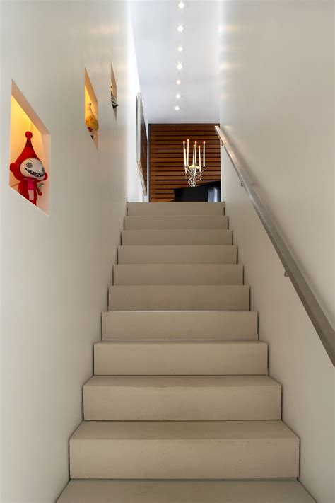 Home Design Ideas Stairs by Fresh Staircase Decorating Ideas For Christmas 11099