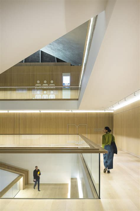 design museum london archdaily a look at london s new design museum through the lens of