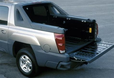 chevy avalanche bed size 2002 chevrolet avalanche chevy pictures photos gallery