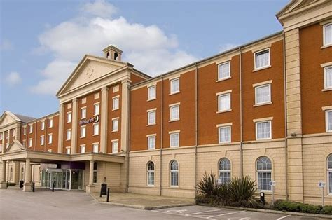 premier inn manchester premier inn manchester trafford centre west greater