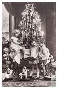 Colour Paper Decoration Berlin Germany Circa 1900 Antique Photo Of Happy Kids