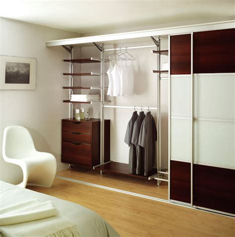 Closet East Kilbride by Sketch Design Fitted Kitchens Fitted Bathrooms East