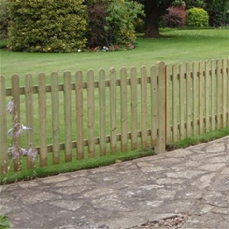 picket fences buy picket fencing at mick george