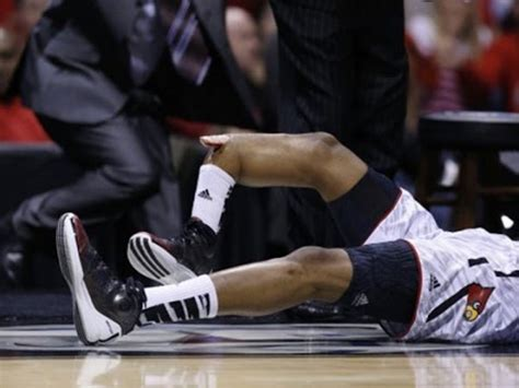 kevin ware's insane injury! youtube