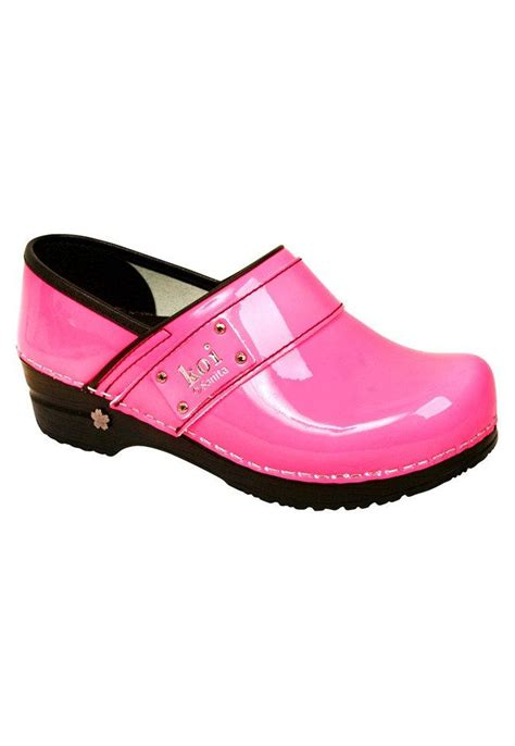 clogs for nursing 142 best shoes images on shoes