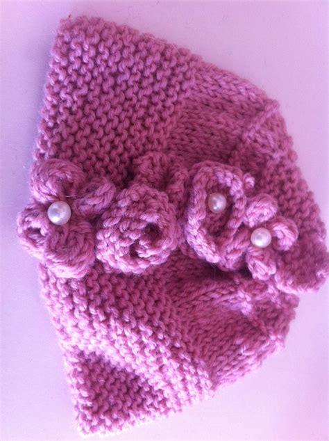 fiori fatti ai ferri completo cappellino colletto neonata lavorato ai ferri con