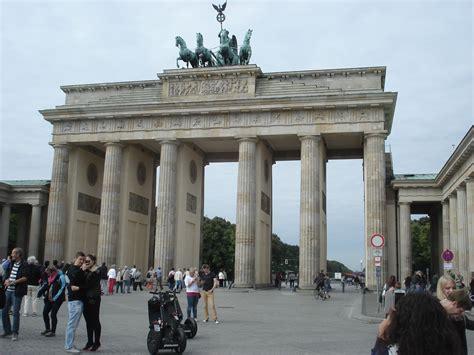 porte di brandeburgo porta di brandeburgo viaggi vacanze e turismo turisti