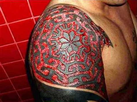 skin carving tattoo incomprehensibly tattoos carved in skin 32 photos