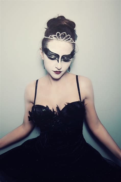 without its dressing style costumes makeup and its jewellery 25 best ideas about black swan costume on pinterest