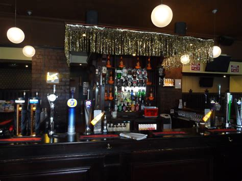 swing bar glasgow pub trails reviews of pubs and bars in 40 towns