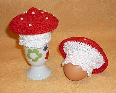 2000 free amigurumi patterns: mushroom egg warmer and cozy
