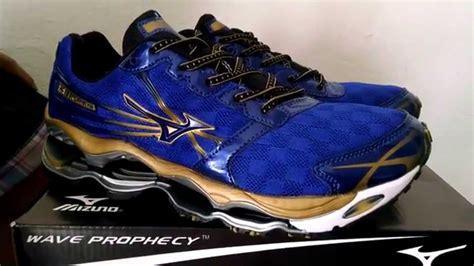 Sepatu Olahraga Mizuno Original jual sepatu running volly mizuno wave prophecy 2 blue gold