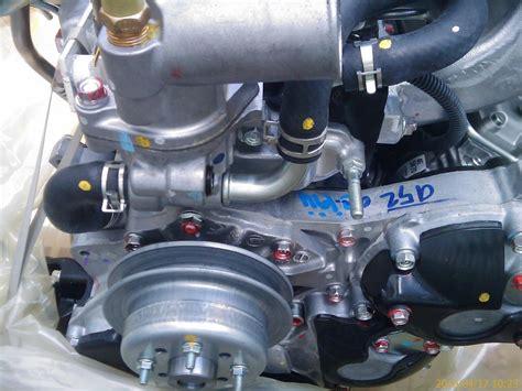 japan 4 cylinder 2500 4ja1 t genuine parts isuzu diesel