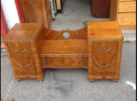 Ksl Furniture by Vintage Vanity Vintage And Vanities On