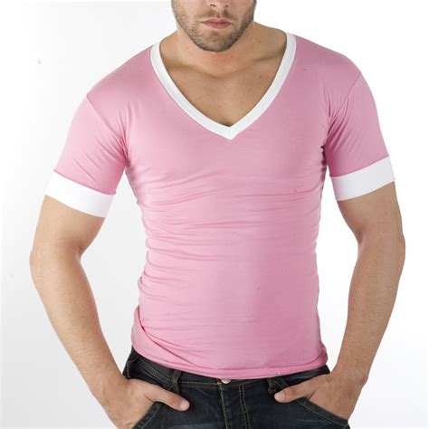 Tight T Shirt looking loser s guide what not to wear style