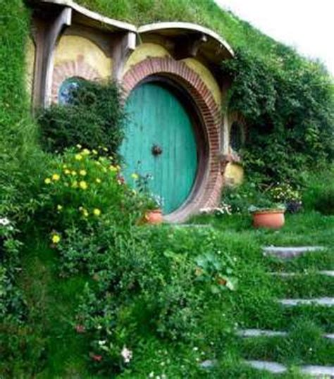 hobbit house designs hobbit houses inspired home decorating ideas