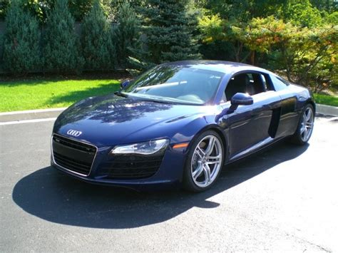 drive new auto2000 2008 audi r8 only 2000 original miles like new selling