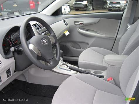 2011 toyota corolla le interior photo 43929586 gtcarlot
