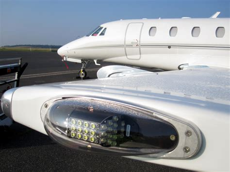 aircraft led strobe lights whelen model s 9035801 2 3 4 airborne lights