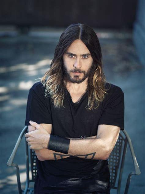 other long haired dude on the voice pourquoi les hommes avec les cheveux longs sont ils