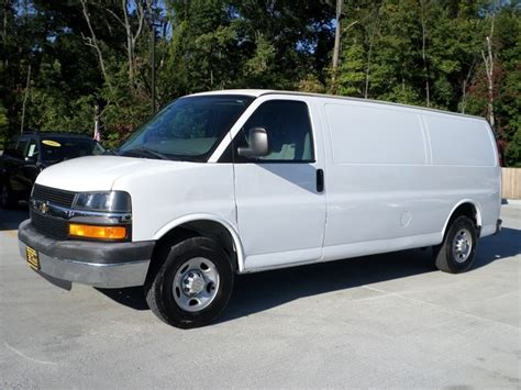car repair manual download 2006 chevrolet express 2500 transmission control service manual 2006 chevrolet express 2500 remove outside front door handle service manual