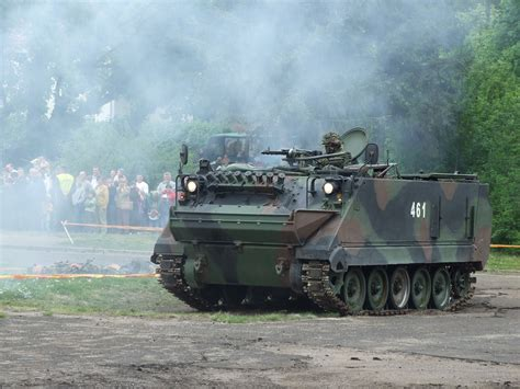 armored military m113 armored personnel carrier military wiki fandom