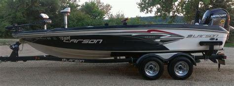 larson walleye boats 2013 larson fx 2020 for sale in elbow lake mn 56531
