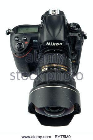 a nikon d3 digital dslr full frame (fx) flagship model