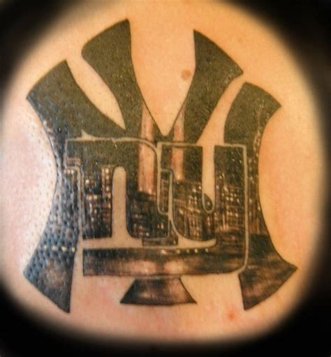 new york tattoo 27 best new york giants tattoos images on