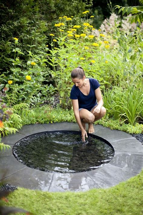 small yet adorable backyard pond ideas for your garden 28