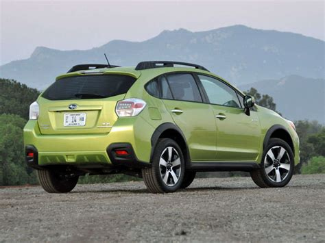 subaru crosstrek matte green 2014 subaru crosstrek hybrid review and quick spin