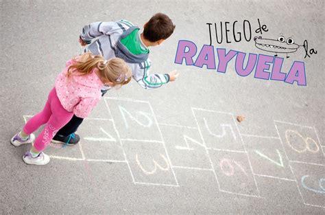 imagenes de niños jugando la rayuela juego de la rayuela manualidades infantiles