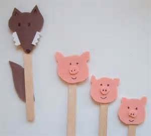 the three pigs puppet templates make do friend play pretend three pigs puppets