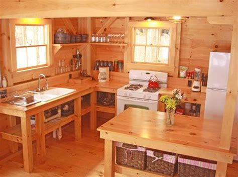 Small Cabin Kitchens by 15 Must See Small Cabin Kitchens Pins Cabin Kitchens