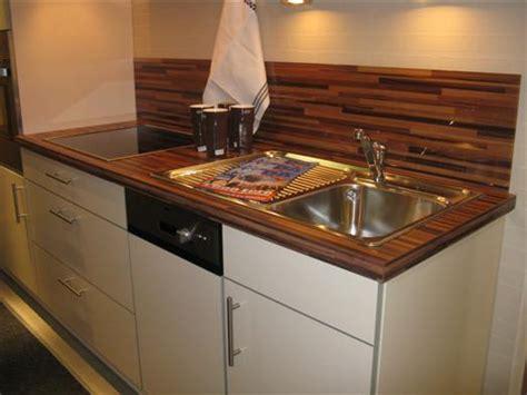 burger küchen arbeitsplatten wohnzimmer beige schwarz